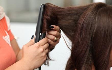 Как научиться придавать волосам объем