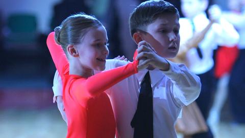 ребенок и танцы