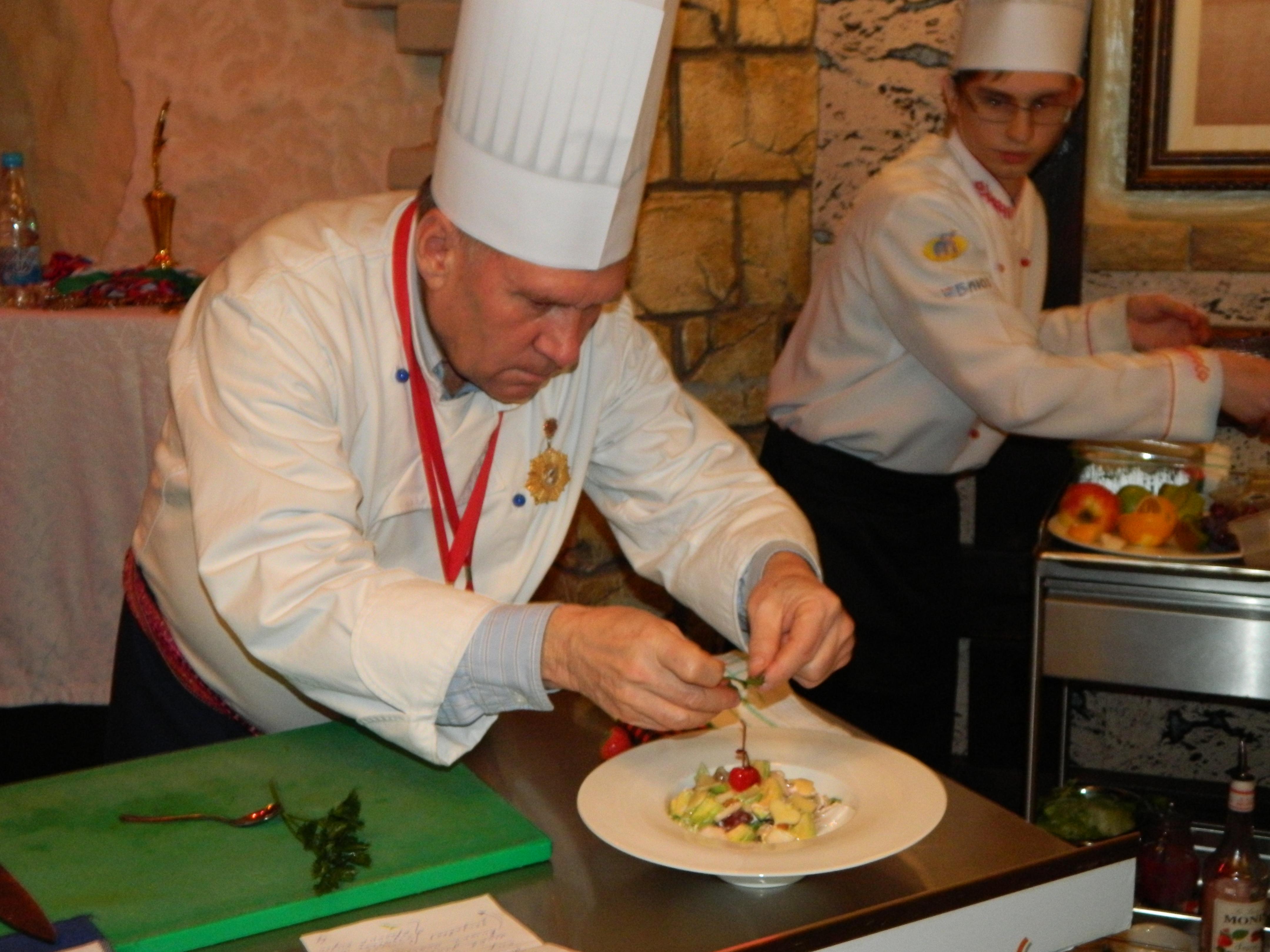 Рецепты фирменных салатов