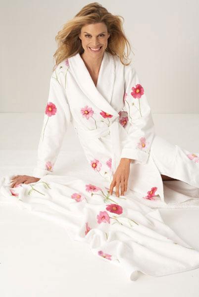 Фото Женские махровые халаты