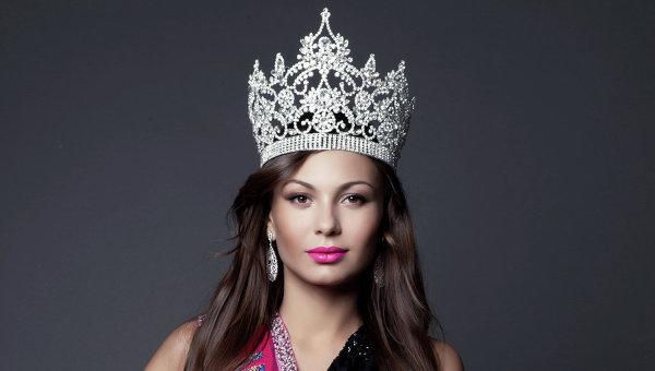 Инна Жиркова отказалась от титула «Миссис Россия-2012»
