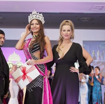 Инна Жиркова на конкурсе миссис Россия 2012