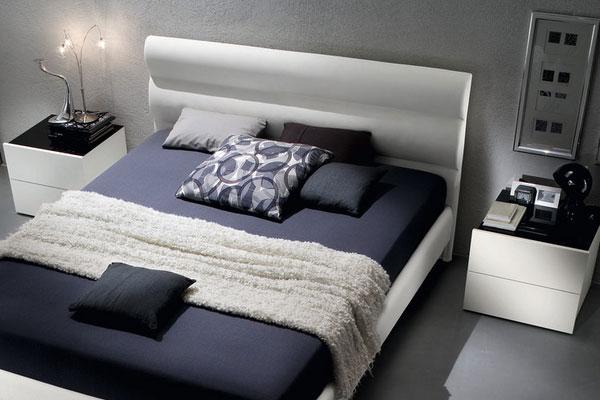 Прикроватные тумбочки для спальни