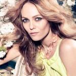 Ванесса Паради: французская певица, актриса и фотомодель.