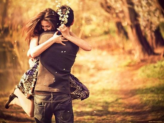 Стоит ли девушке признаваться в любви