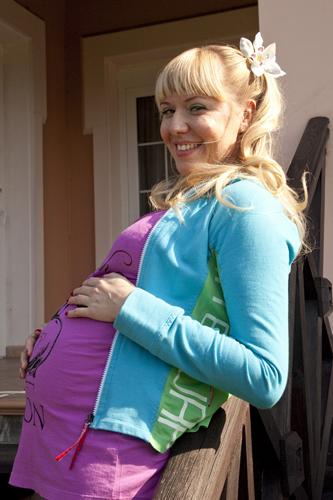 Звезда сериала «Реальные пацаны» впервые стала мамой