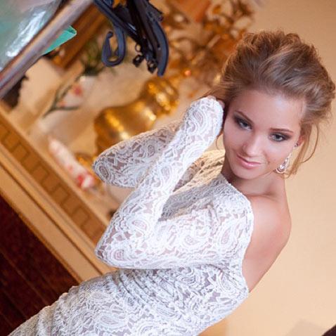 Кристина Асмус показала свадебное платье