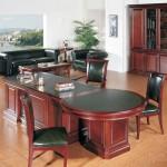 Офисная мебель для кабинета женщины руководителя