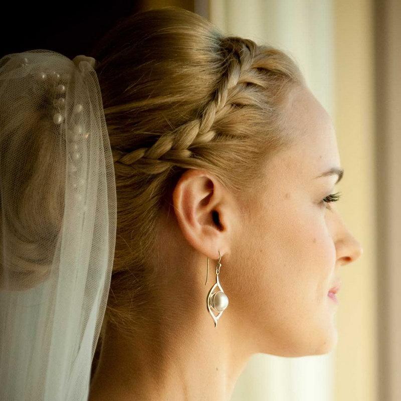 Свадебная прическа фото - 1
