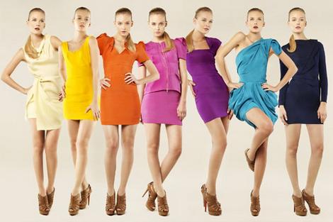 chto-nosit-etim-letom-20-koloritnyh-trendov