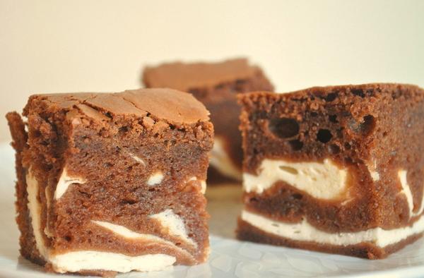 Воздушные шоколадные пирожные