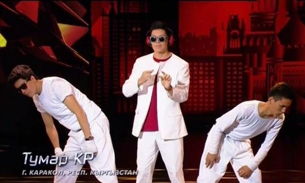 Танцевальное трио из Киргизии поразило своей пластикой жюри шоу «Танцы»