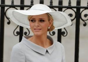 Княгиня Монако Шарлен  родила близнецов и готовится к выписке из роддома