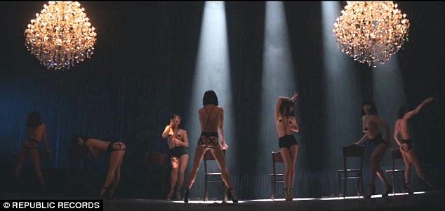Смотреть секс с худенькими девушками