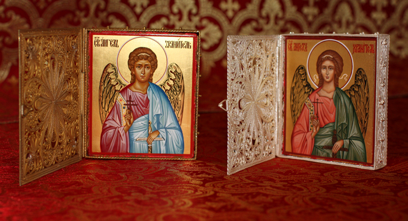 Варианты подарков на крестины девочки
