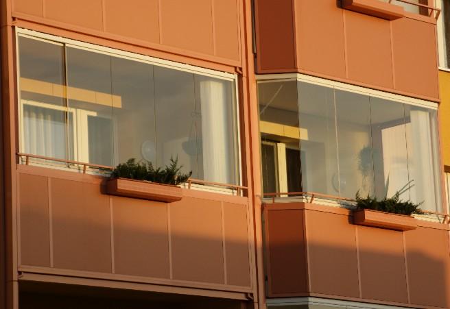 Отделка балкона снаружи.