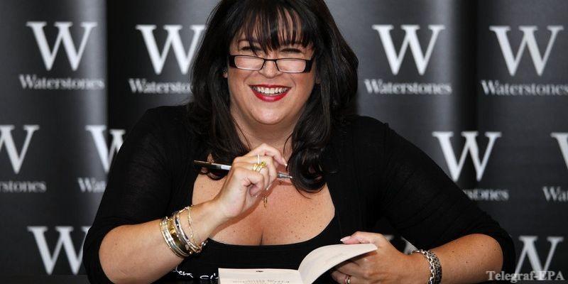 «50 оттенков серого» поссорила автора книги с режиссером