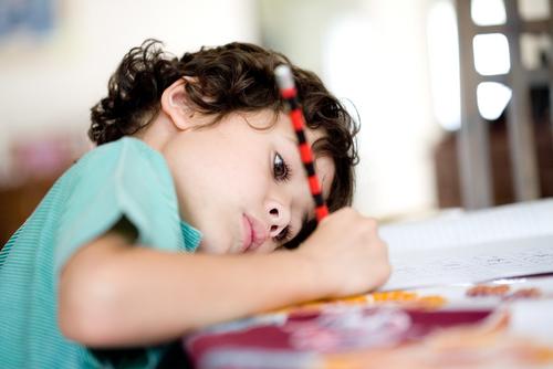 Типы, лечение и профилактика нарушения осанки у детей
