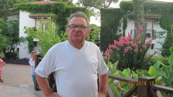 Отец Ани Лорак заступился за свою дочь