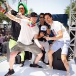Актеры Ченнинг Татум и Мэтт Бомер станцевали на гей-параде