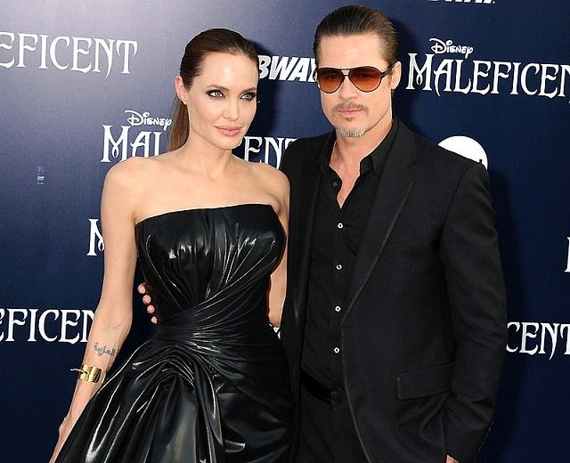 Анджелина Джоли и Брэд Питт покупают остров в Греции