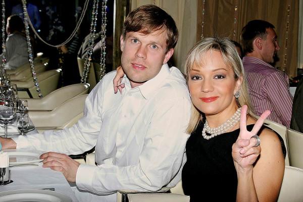 Татьяна Буланова прокомментировала слухи об измене своего мужа