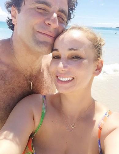 Анфиса Чехова вышла замуж за актера на Мальдивах