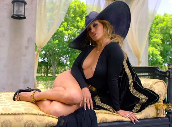 Дженнифер Лопес презентовала новый сексуальный клип