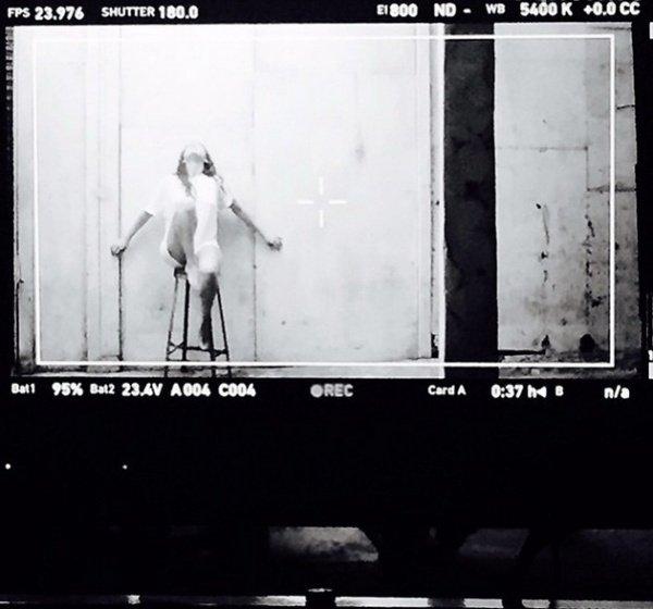 Селена Гомес заинтриговала поклонников выходом нового клипа