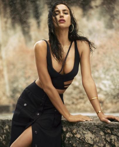 Ирина Шейк снялась в откровенной летней фотосессии для глянца