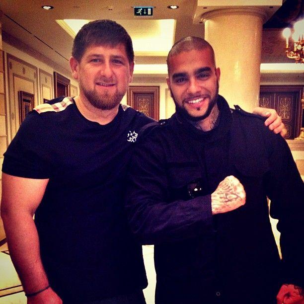 Тимати и Кадыров сразились в бою на ринге