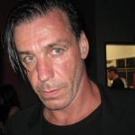 В Москве из-за солиста группы Rammstein пострадали 50 человек