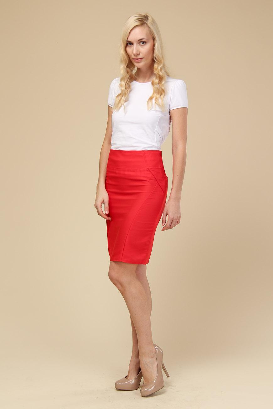 Фото девушек в красных юбках 6 фотография