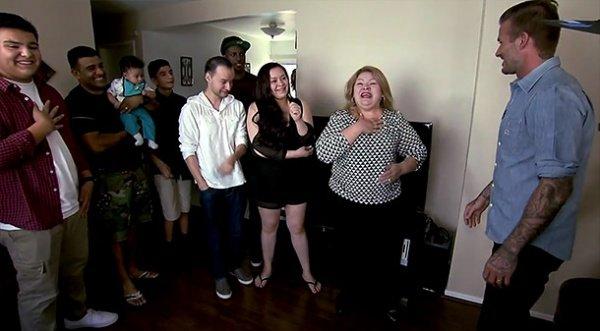 Дэвид Бекхэм помог малообеспеченной семье чеком на 100 тысяч долларов