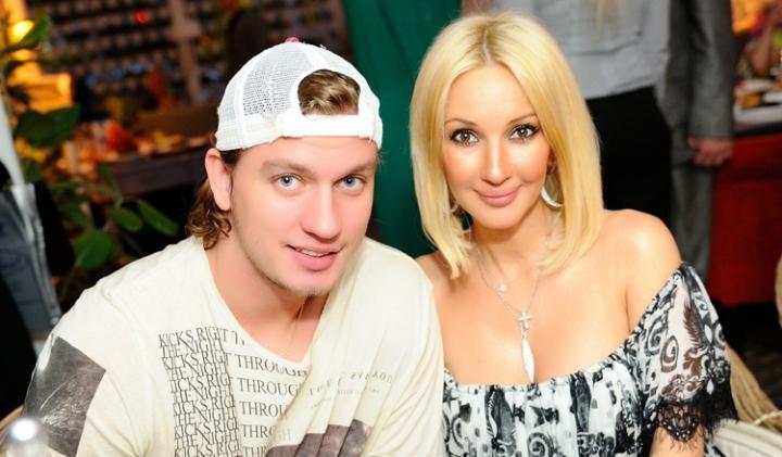 Лера Кудрявцева с супругом сняли шуточный клип на песню Сергея Лазарева1