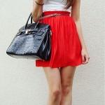 С чем носить красную юбку? 44 фото