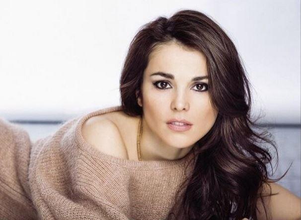 Сати Казанова поделилась секретами красоты и опубликовала фото без макияжа1