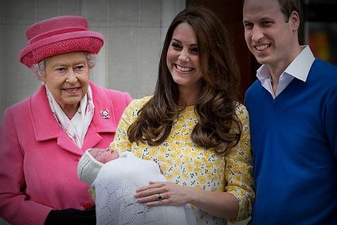 Сегодня состоялись крестины принцессы Шарлотты – дочери Кейт Миддлтон и принца Уильяма