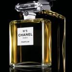 Шанель - история дизайнерского дома во флаконе с духами