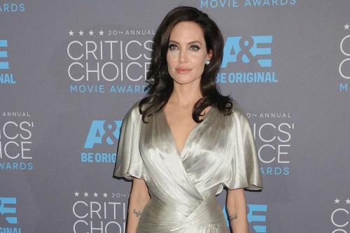 Анджелина Джоли – «чудачка»