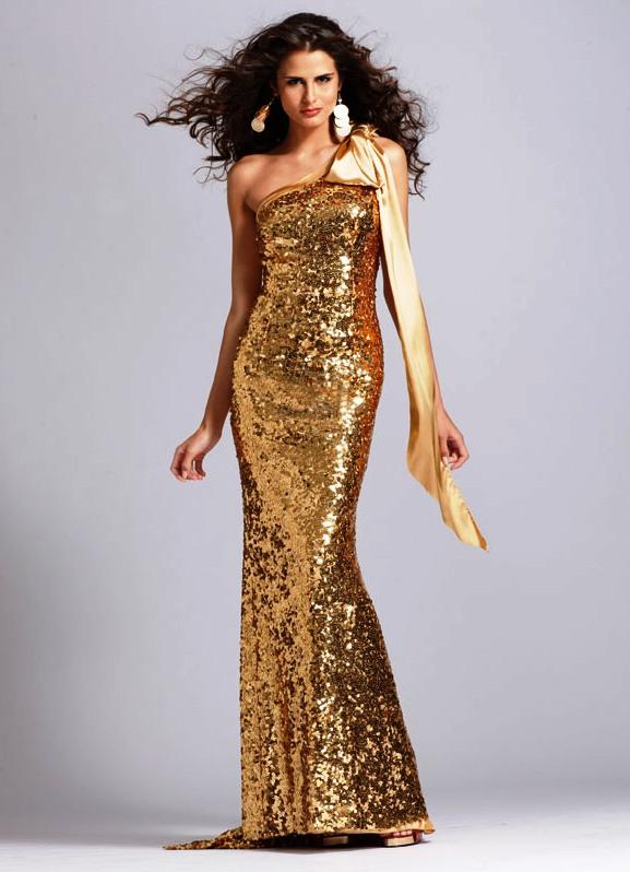 Вечерние платья в золотом цвете