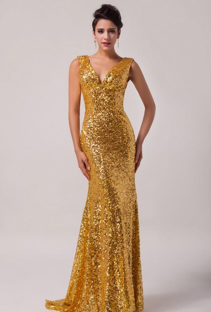 Золотое платье в тренде!