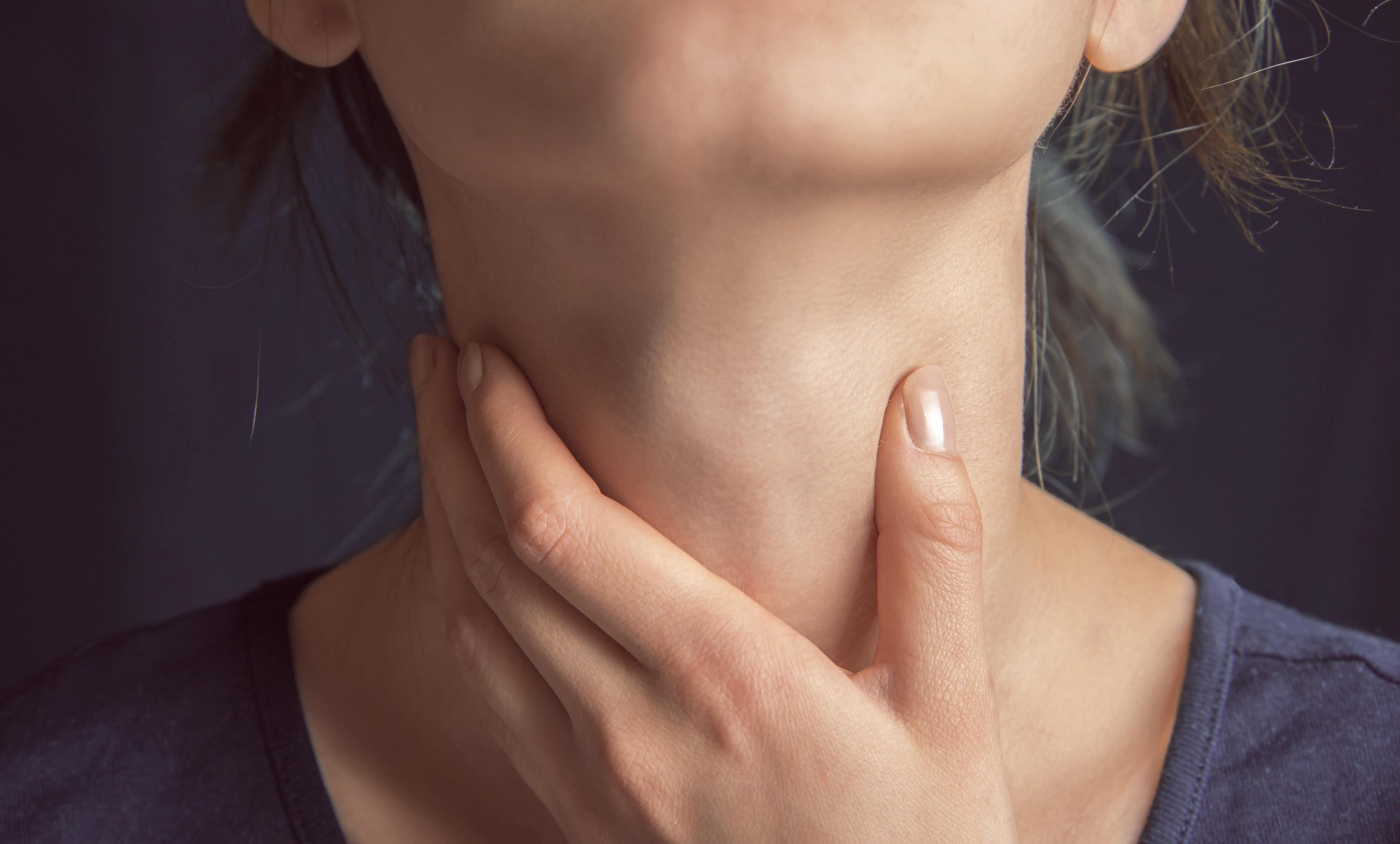 Причины появления липом на шее
