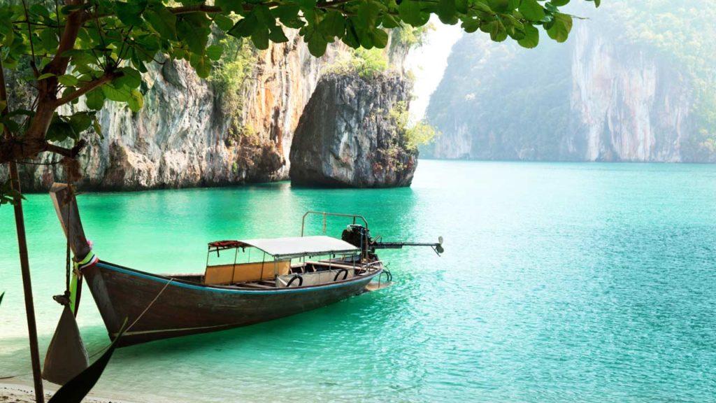 Где провести отпуск в апреле?