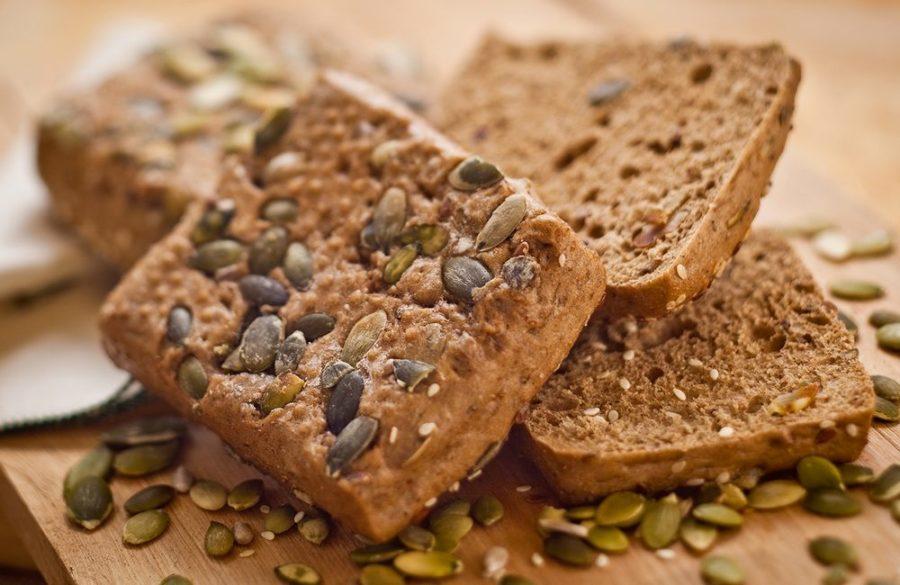 Ржаной хлеб с отрубями и тыквенными семечками