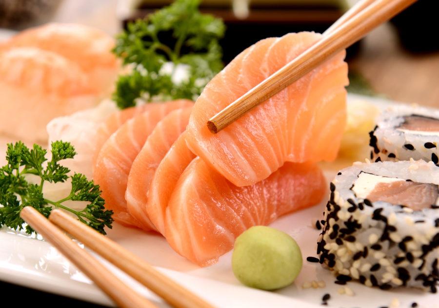 yaponskaya-kuhnya-ryba-sushi