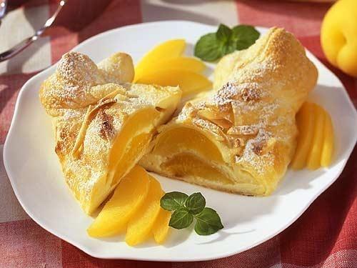 Яблочно-лимонный штрудель