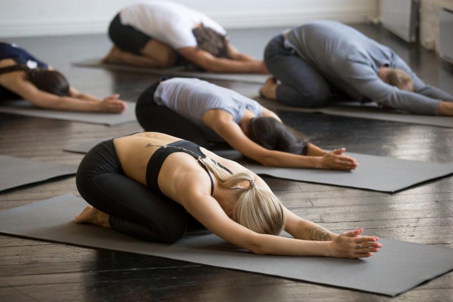 Йога для начинающих - комплекс упражнений в домашних условиях